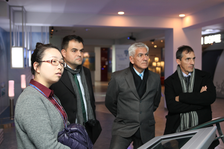 Visit by Marine Scientific Researchers of Columbia
